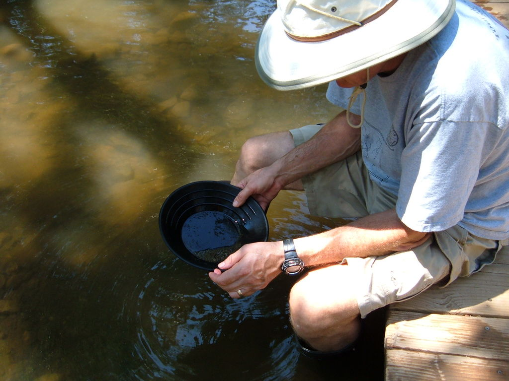 dad panning for gold