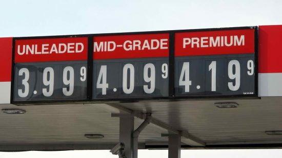 Lundberg and AAA note gas price increase for the week