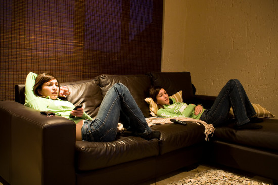 study: watching TV increases your chance of premature death