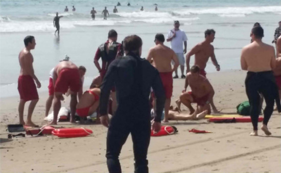 13 injured and 1 killed in lightning strike on Venice Beach