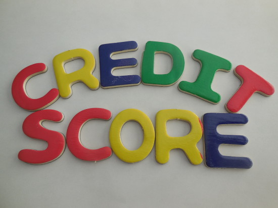 Credit Karma and Quizzle: whihc is the better free credit score company?