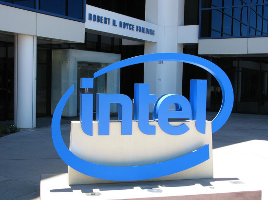Intel and Fossil Group team together to create wearable technology fashion