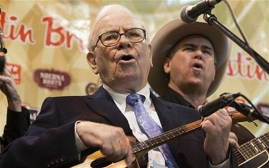 The two men who are most likely to replace Warren Buffett at Berkshire Hathaway