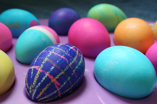 list of stores open and closed on Easter