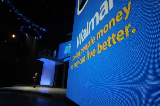 Walmart does cash checks for customers