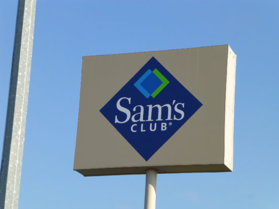 Sam's Club holiday schedule and store hours