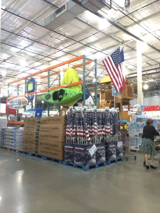 Is Costco Open on Labor Day 2015?