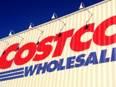 is costco open on easter sunday