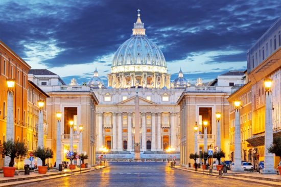 What tis the real estate value of the Vatican