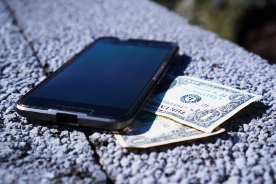 """<img src=""""squarescashapp.png"""" alt=""""wallet money"""">"""