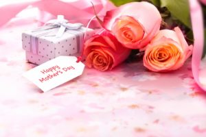 Best Mother's day deals and freebies to check out as soon as you can