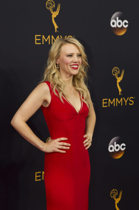 kate mckinnon's net worth