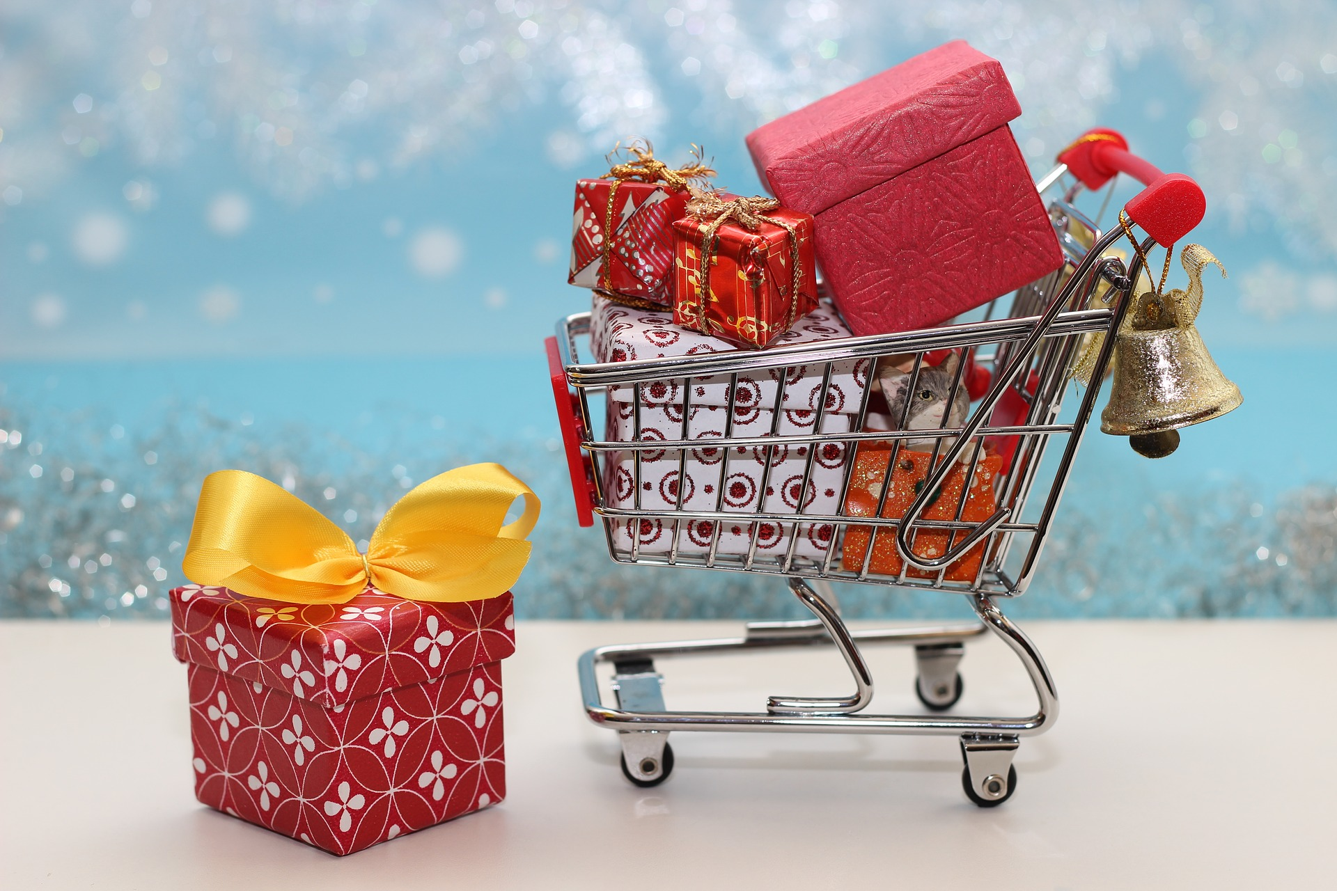 Is Wal Mart Open On Christmas.Is Walmart Open On Christmas Savingadvice Com Blog