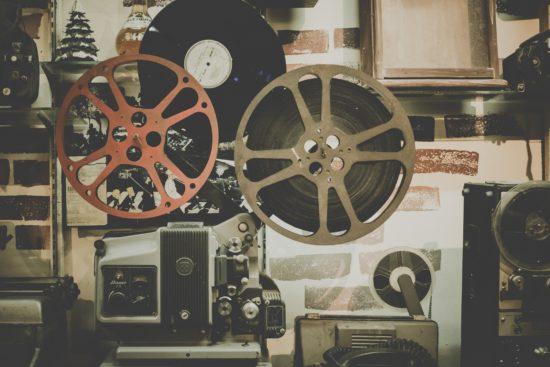 rahoittaa elokuvia
