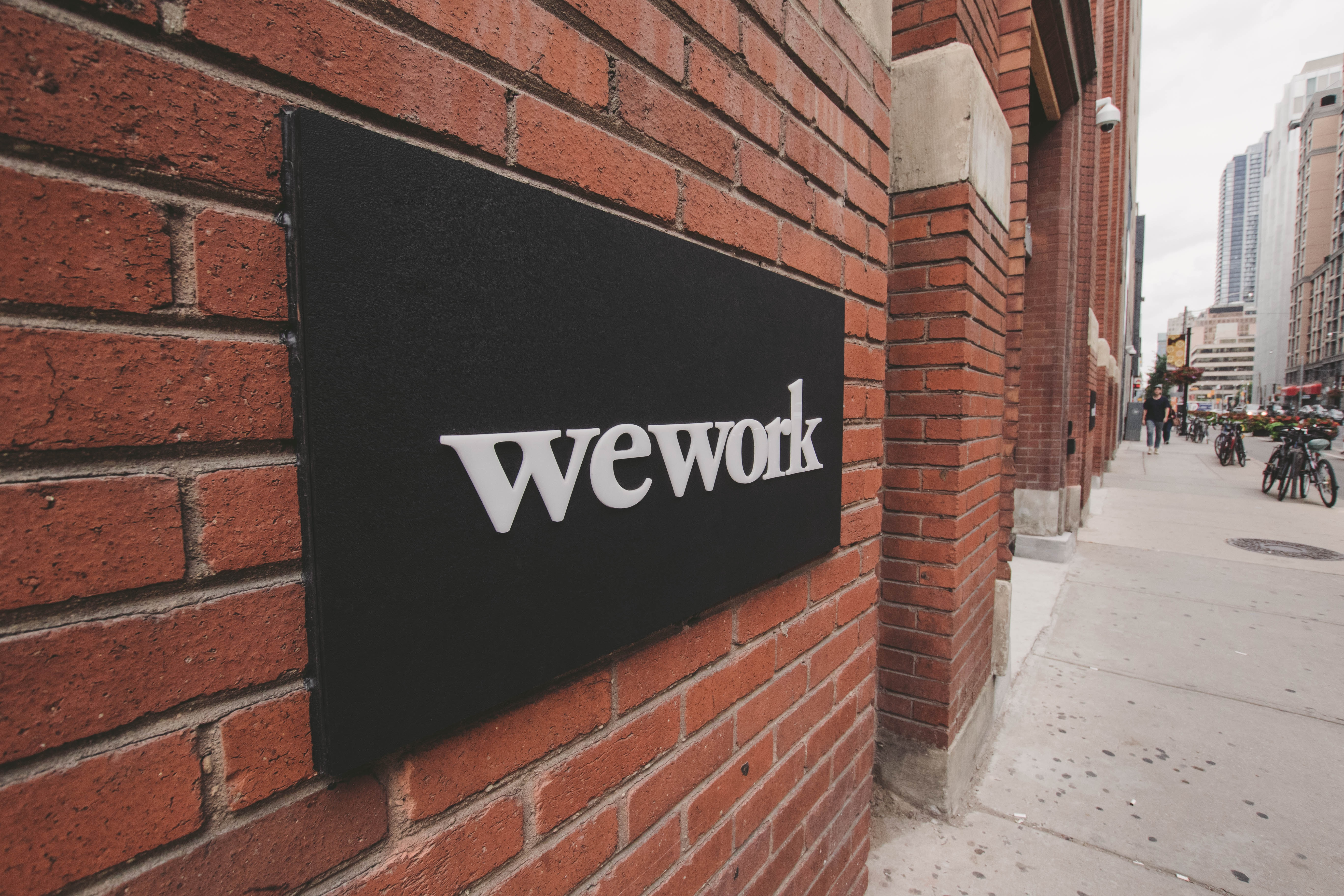why did the wework ceo step down