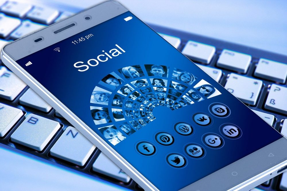 use social media to save money