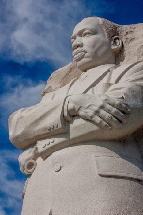 Is the bank closed on MLK Day 2021?