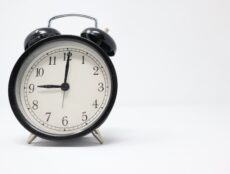 financial benefits of waking up early